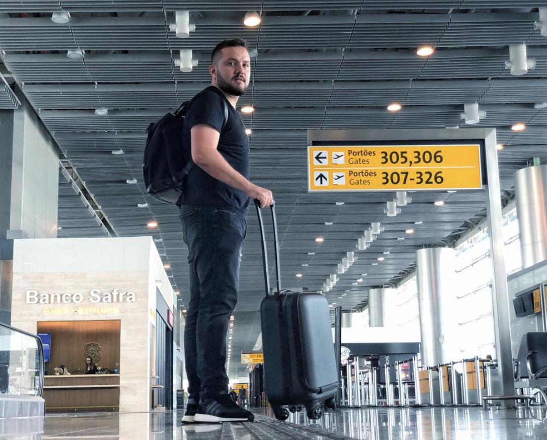 ID Jovem permite viajar de graça pelo país - você precisa ter entre 15 a 29 anos de idade.